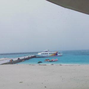 嵐の水納島
